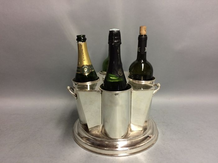 Silver plated round wine cooler for four bottles ice container in the middle