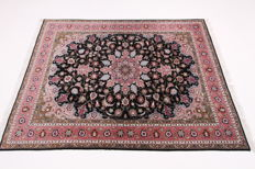 Fine Persian carpet Tabriz 50Raj 2.00 x 1.50 hand-knotted high quality new wool with silk Orient carpet TOP CONDITION