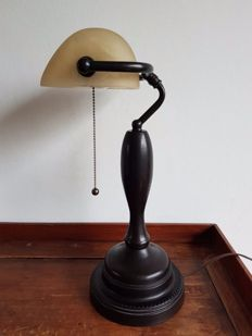 Unknown designer - Large banker's lamp on high foot.