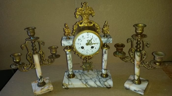 Portal clock mantle clock - Late 19th