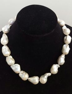 925 silver - Necklace with XL (13 to 28 mm) freshwater cultured pearls - Length: 50 cm