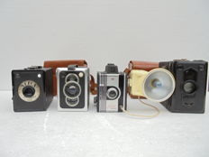 4 box cameras a Filmor box a Nefox a Zeiss Ikon Box Tengor and a Zeiss Ikon Box Tengor