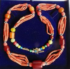 Antique natural coral necklace from South Palestine - circa 1st Half 20th