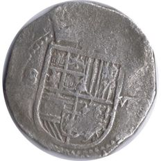 Spain - Felipe II, 1556-1598 - 8 Real silver macuquinos minted in Seville - 27 gr -Scarce