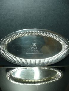 An oval silver serving tray with inscription, accompanied by 4 liqueur glasses - Germany - first quarter of the 20th century