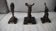 3 figurines in bronze in perfect condition