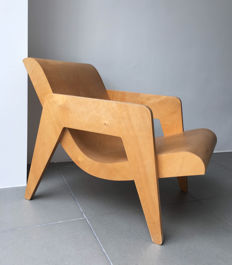 Erno Goldfinger - Plywood Armchair