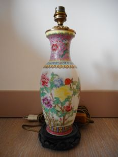 Porcelain vase from China mounted as a lamp - China - second half of the 20th century