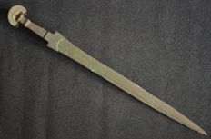 Antique bronze sword, fan handle sword, sword Luristan - 59.5 cm