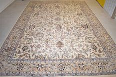 Oriental Nain carpet – 20th century, ca. 1970 – 345 x 235 cm – with certificate of authenticity