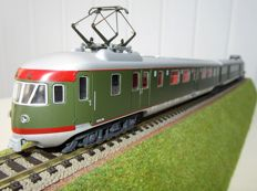 "Lima H0 - 149731 - Two-piece electric train unit Mat' 46, ""Silver belly"", of the NS (olive-green colour scheme with red lines)"