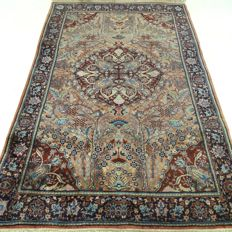 "Kayseri – 190 x 124 cm – ""Persian carpet in beautiful condition"" – With certificate"