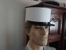 Twentieth century French Foreign Legion 'kepi blanc' cap dating to approx. 1980