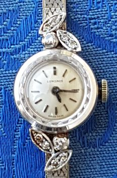 Longines women's bracelet watch in 18 kt white gold with diamonds, mechanical movement, circa 1940