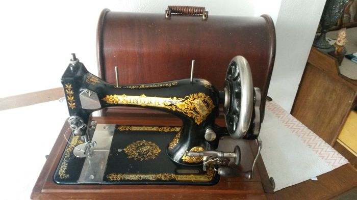 Antique Singer Hand Sewing Machine 40 Catawiki Stunning Second Hand Singer Sewing Machines For Sale