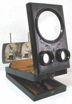 Antique French viewer stereoscope - wooden graphoscope to look at pictures in relief and with magnifying glass