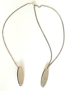 Silver necklace with 2 clips from 1830, grade 800/1000