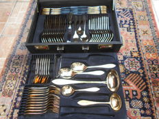 Gold plated sbs Solingen 61 piece table cutlery in cutlery case - 23/24 carat gold plated