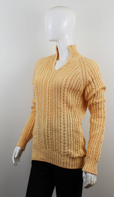 Loro Piana Wowen's Knitted Sweater Made in Italy