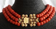 Necklace of Deep Sea Corals with an Antique Gold beaded hook clasp from approx. 1900