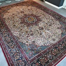 Magnificent colourful XXL Persian Sarouk carpet – 366 x 272 – amazing appearance – unique opportunity