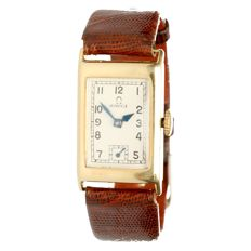 Omega Rectangular women's wristwatch, approx. 1935