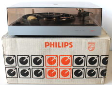 Philips 437 Belt Drive Automatic Turntable EXC
