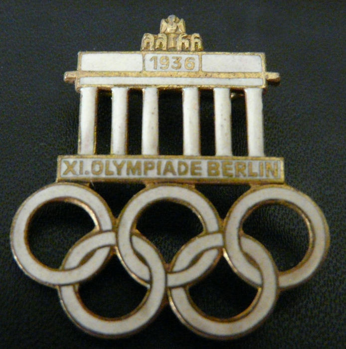"White and gold badge pin Olympic Games Berlin 1936 ""XI Olympiade Berlin"""