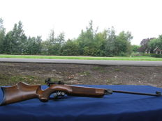 Match air gun Weihrauch  mod 55 cal. 4.5 mm with Tyrolean shaft and F sign from the 1950s