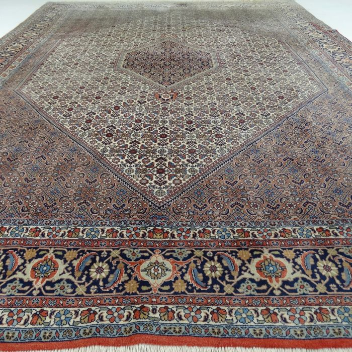 Persian Bidjar - 336 x 246 cm - 'Large Persian carpet in beautiful, virtually unused condition' - With certificate.