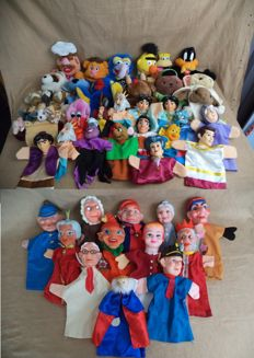 Lot of 42 Hand Puppets, Muppets, Disney, Punch and Judy - 1970 to present.