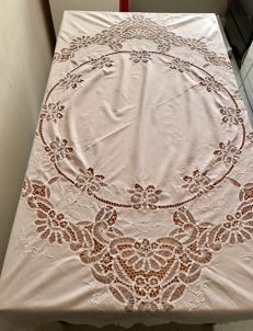 Large pure cotton old tablecloth made entirely by hand and crochet - Italy-