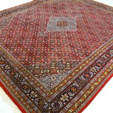 "Indo Bidjar - 291 x 244 cm - ""Wide Oriental carpet in beautiful, nearly unused condition"" - With certificate."