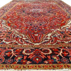 Heriz - 363 x 255 cm - 'Sturdy Persian eye-catcher - XXL - In beautiful condition' - With certificate