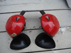 A SET of 2 HORNS made by SPARTON with high and low tone from the 1980s and 1990s