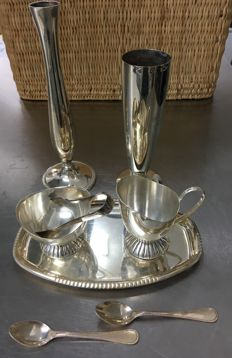 Lot with 9 silver plated objects