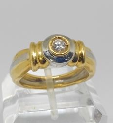 18 kt - cocktail ring in yellow and white gold with central diamond - inner measurement 18.5 mm