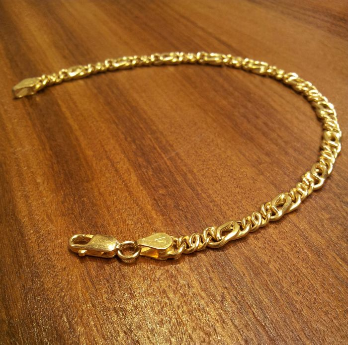 Bracelet in 18 kt yellow gold  8 g - Length: 20 cm
