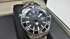 Davosa Argonautic Swiss Automatic 300M Diver's Watch in very good  condition.