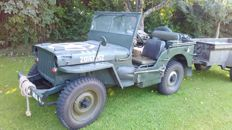 US ARMY JEEP, 1/4 ton military truck 4x4, Willys MB, with early Ford GPW body and original Bantam trailer