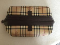 Burberry - Make-up/wash bag
