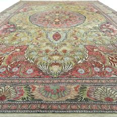 Kayseri - 299 x 204 cm - 'Vintage - Persian rug in beautiful worn condition' - With certificate