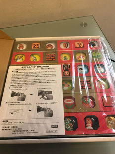 Exclusive japanese Club Nintendo 25th anniversary buttons set