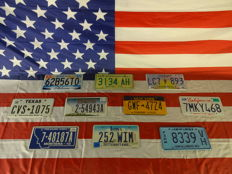 Nice set of 10 American license plates - 62B56T0 - 3134AH - LC7893 - CVS1075 - 254943A - GWF4724 - 7MKY468 - 748187A - 252WIM - 8339VH
