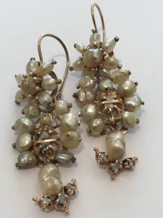 Vintage Sicilian golden earrings with pearls and diamonds