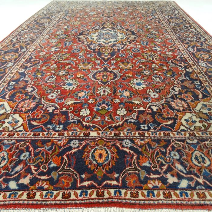 "Keshan - 223 x 133 cm - ""Persian carpet in beautiful condition"" - With certificate."