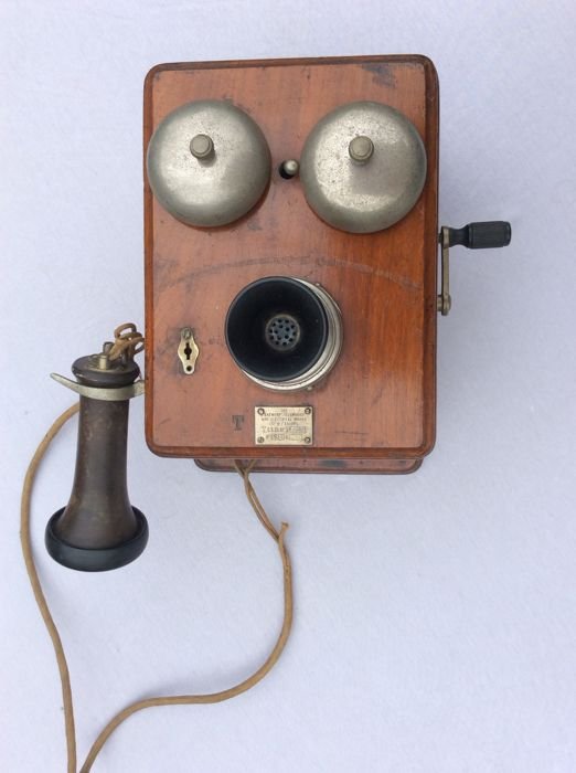 Antique Antwerp Telephone and Electrical Works 1911 telephone
