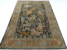 """Signed Kashmir – 212 x 150 cm – """"For a connoisseur – Silk oriental beauty in good condition"""" – With certificate"""