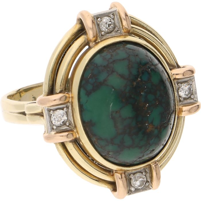 14 kt yellow-gold ring with a cabochon-cut green turquoise and four brilliant-cut diamonds of approx. 0.16 ct, in a white gold setting - ring size: 19 mm