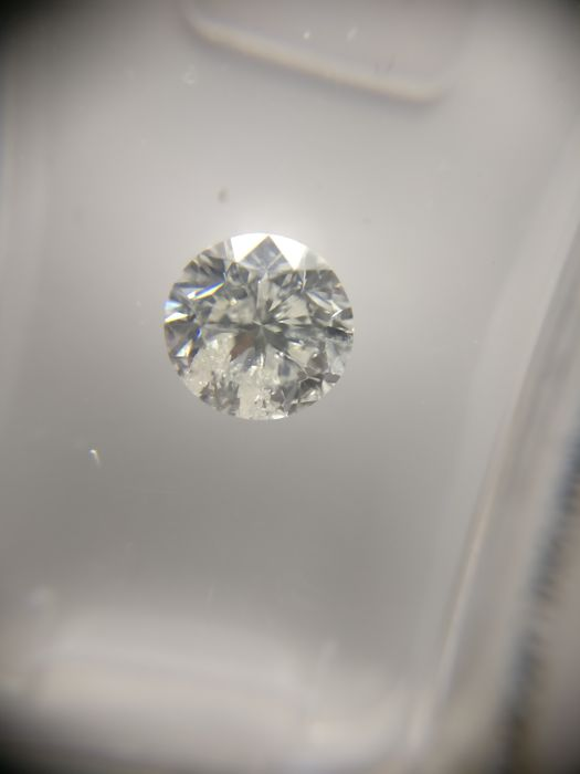 0.90 ct Round cut diamond G I1